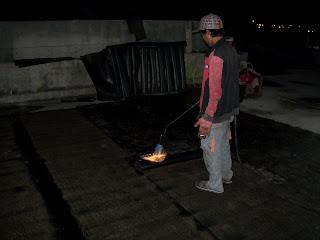 pasang waterproofing membrane pada atap