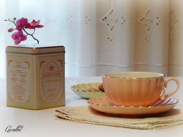 té con pastas
