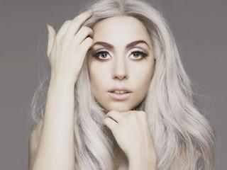 Lady Gaga (kekayaan bersih: $230 juta)