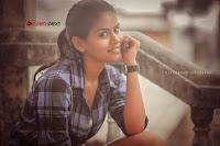 Kundratthiley Kumaranukku Kondattam Tamil Movie Actress Riyamikka Po Shoot Images  0010.jpg