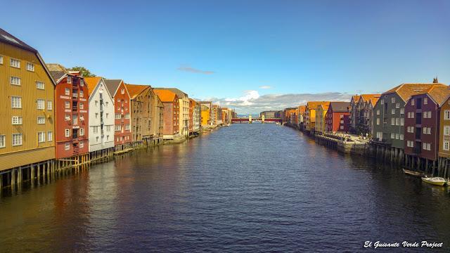 Trondheim - Noruega por El Guisante Verde Project