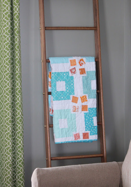 Jumble quilt on quilt ladder