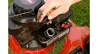 Can I Use Motor Oil in a Lawn Mower
