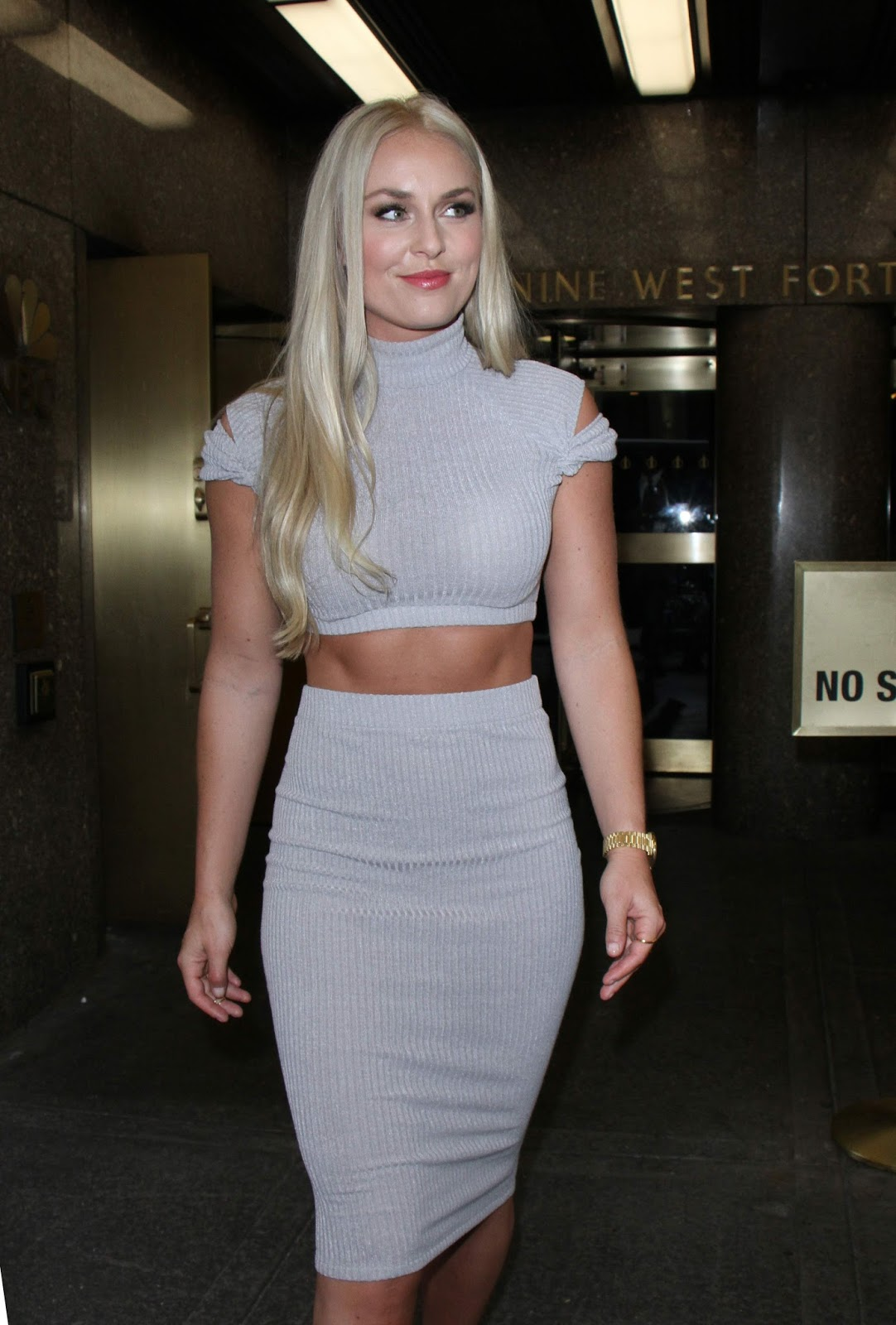 Lindsey Vonn in Tight Dress