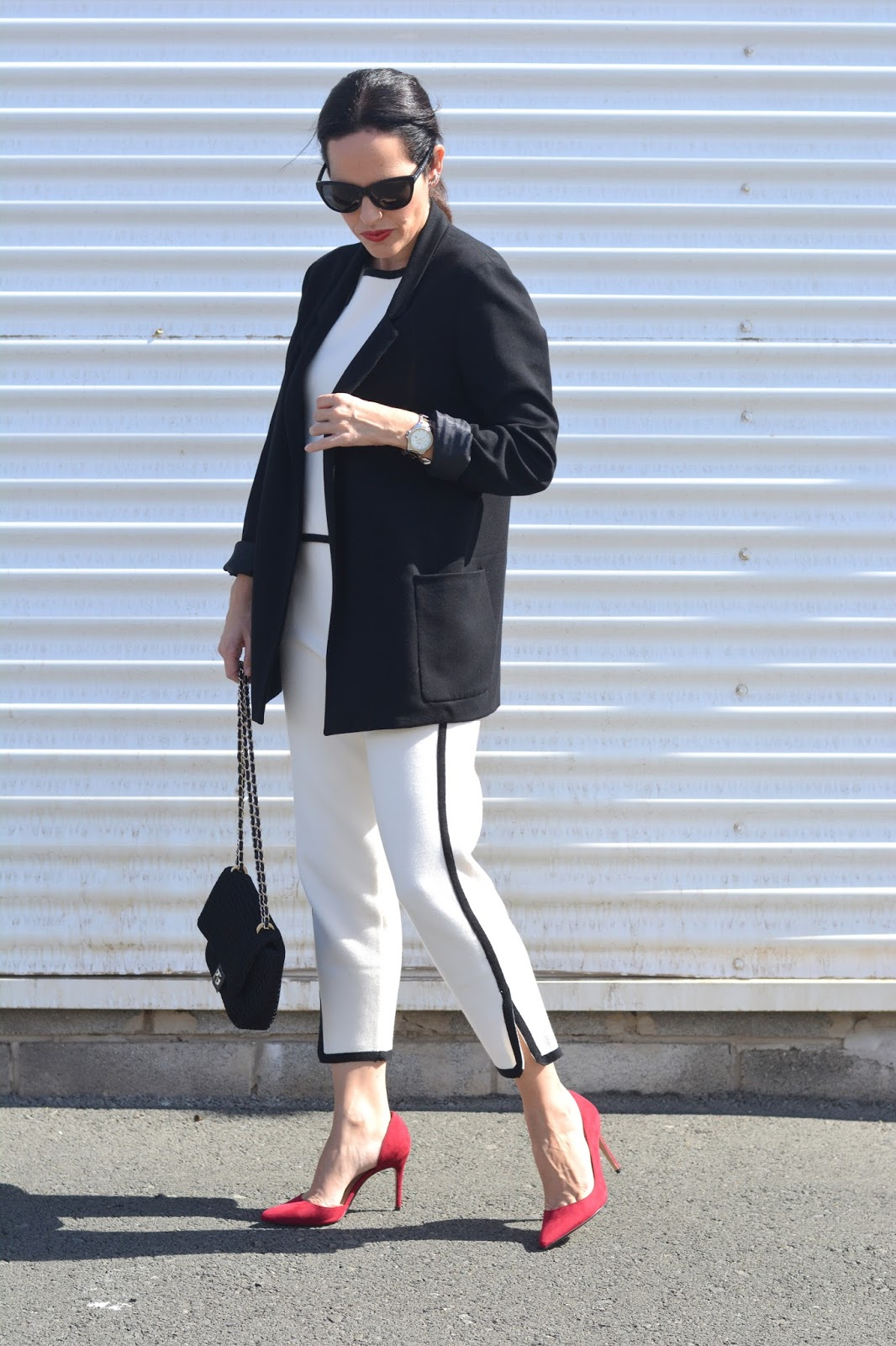 black-white-office-look-personal-shopper