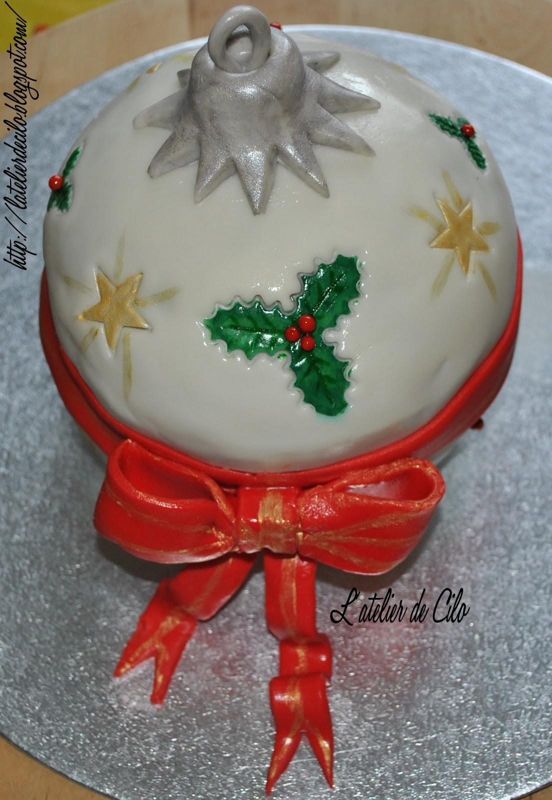L Atelier De Cilo Gateau Pate A Sucre Boule De Noel