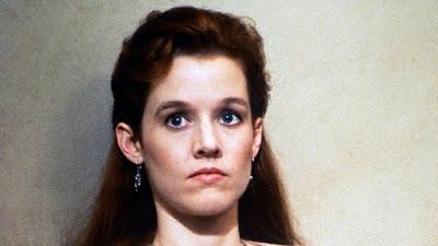 The Gun In Betty Lous Handbag 1992 Penelope Ann Miller Image 2