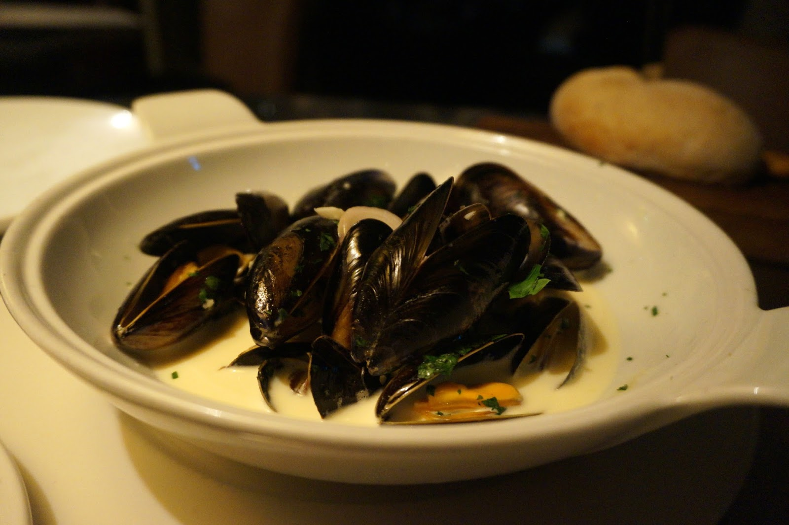 Bowl of mussells in cream sauce