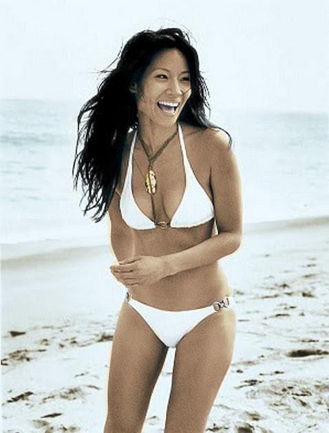 cute model photo gallery: American actress Lucy Liu bikini picture 2012