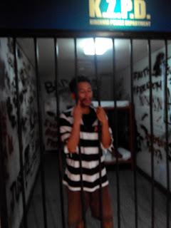 Penjahat yang dipenjarakan di Kidzania Police Department