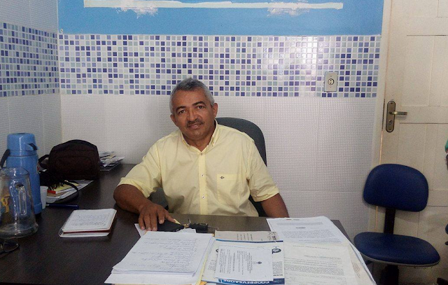 Prefeito de Olho D'Água do Casado, exonera secretários,  servidores contratados  e comissionados