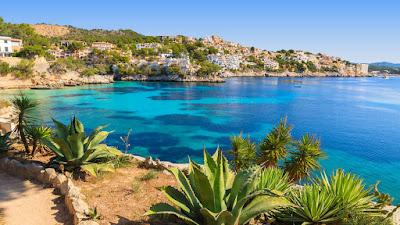 """Il Consiglio comunale dell'isola delle Baleari, durante la seduta in cui ha approvato la mozione su Salvini """"persona non grata"""", ha espresso la propria condanna contro le politiche migratorie del ministro."""