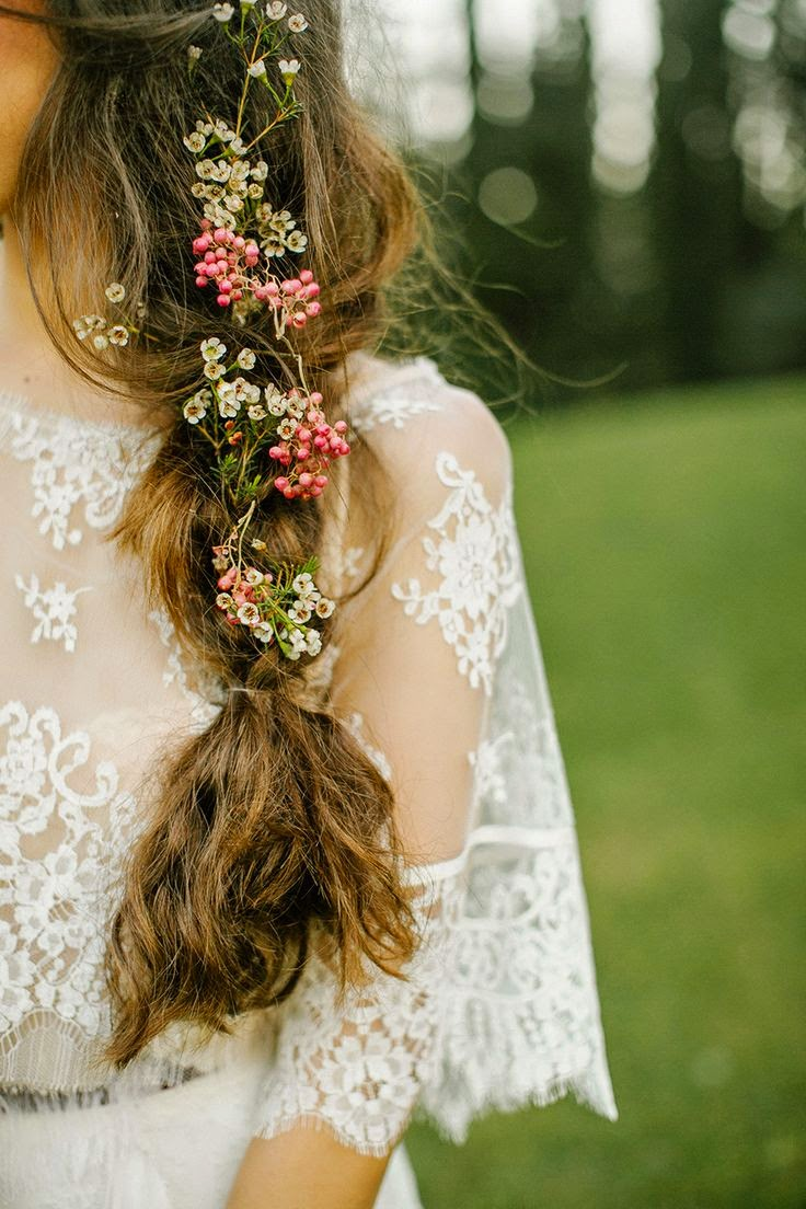 http://s-fashion-avenue.blogspot.it/2015/04/beauty-flowers-on-your-head.htm