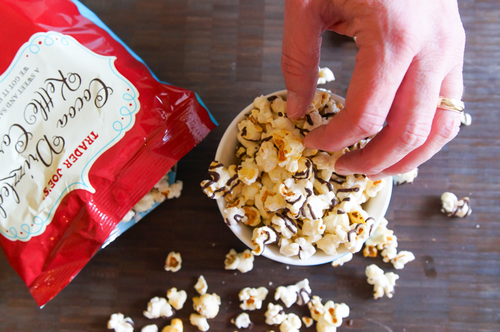 Trader Joe's Cocoa Drizzled Kettle Corn review | bakeat350.net