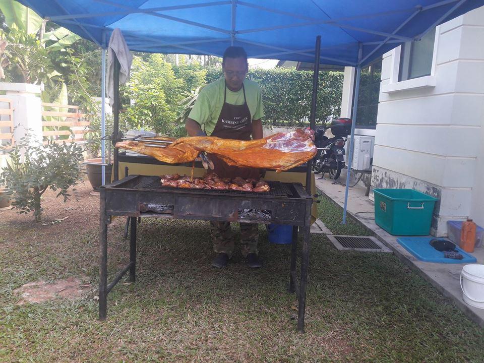 Set Dapur Kambing Golek Untuk Disewa