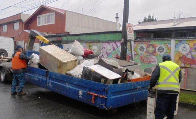 """Campaña """"Osorno Ciudad + Limpia"""" en cuadrante Francke Sur"""