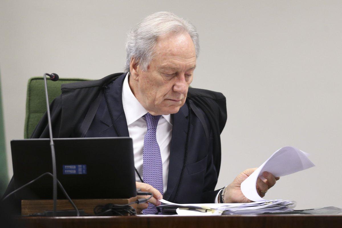 Ministro Lewandovisk ameaça prender homem que criticou a corte