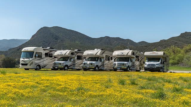 Road Bear i USA har 5 vogntyper af autocampere du kan vælge imellem
