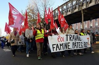 Des centaines de chômeurs et précaires manifestent à Paris dans - CHOMAGE a7