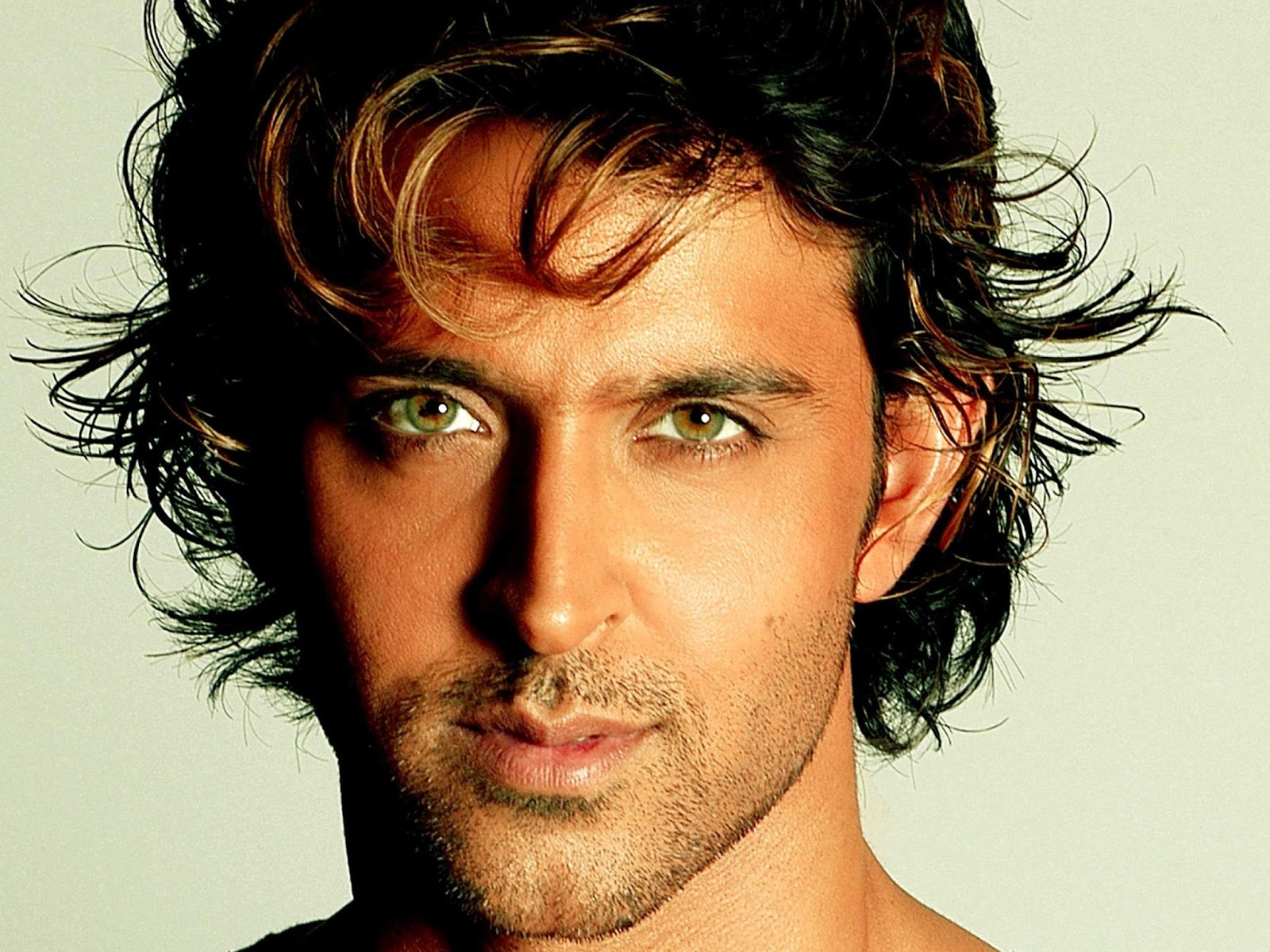 Hrithik Roshan's Top 10 Highest Grossing Films mt Wiki, Hrithik Roshan Top 10 Highest Grossing Films Of All Time wikipedia, Biggest hits of his career koimoi