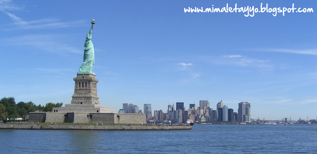 Liberty Island y Manhattan