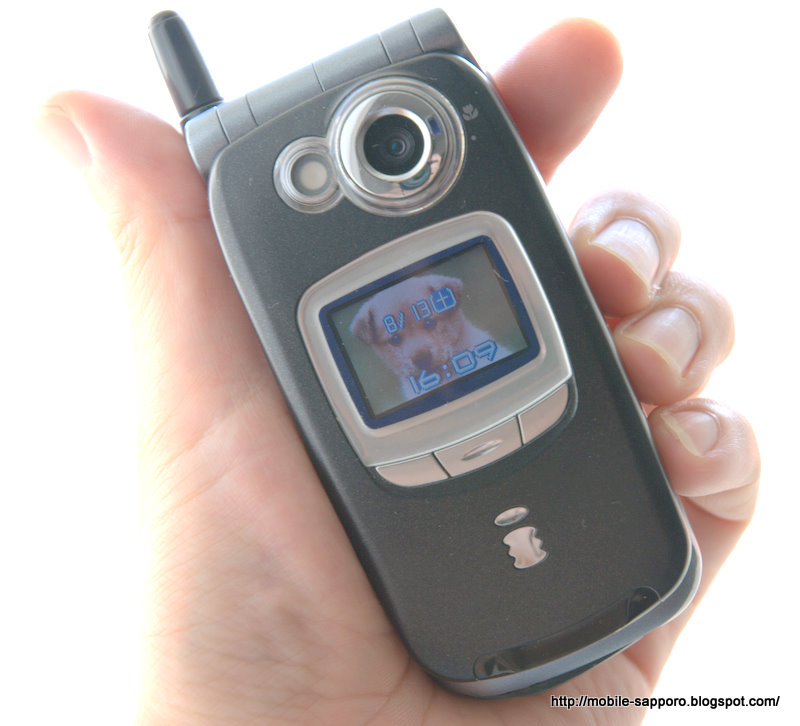 SH505i | AQUOS PHONE ZETA SH-0...