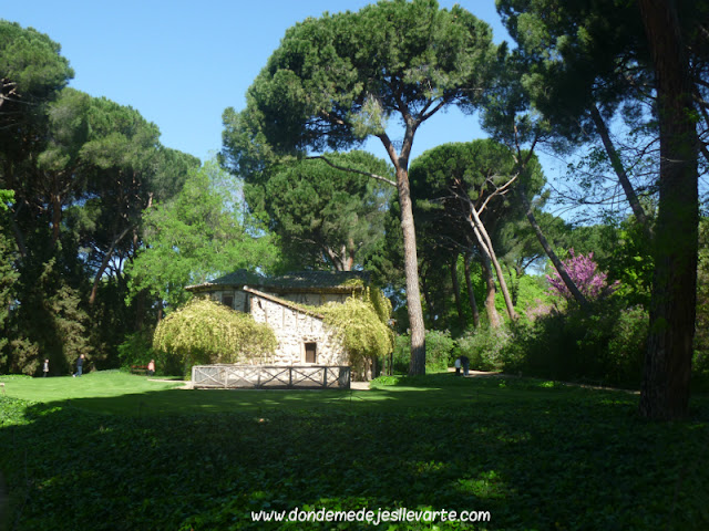 Casa de la Vieja (Parque del Capricho)