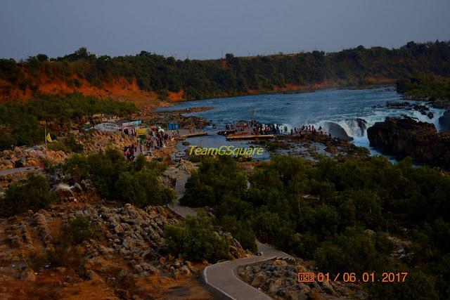 Dhuandhar Waterfalls, Bhedaghat