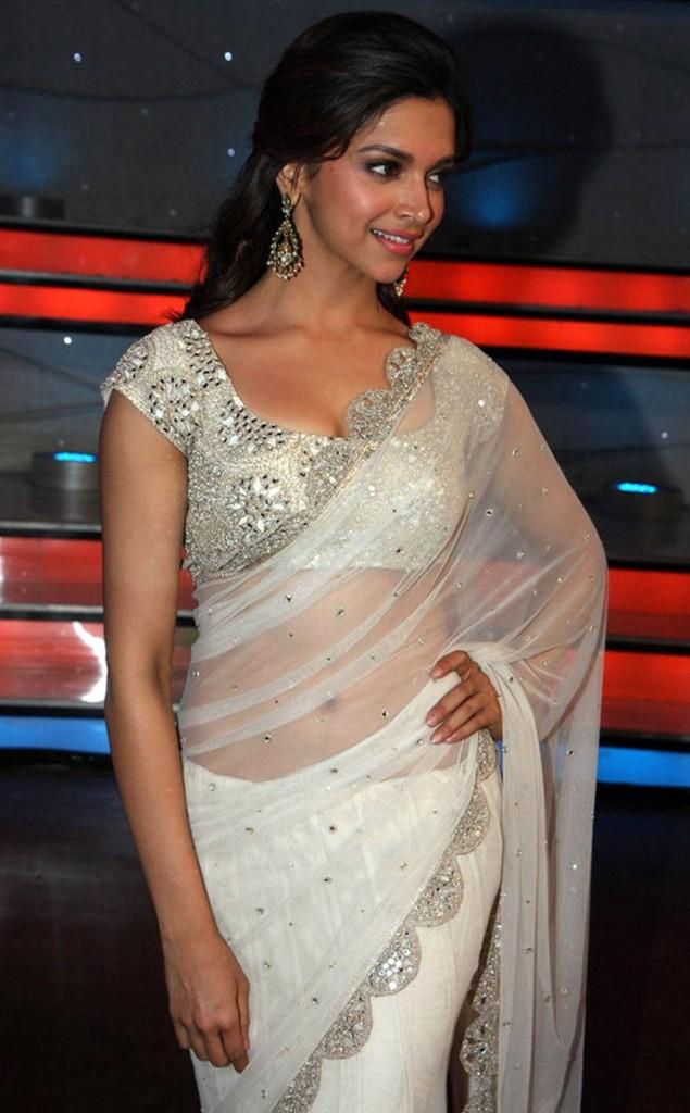 Deepika Padukone In White Saree  Electrihot-4166