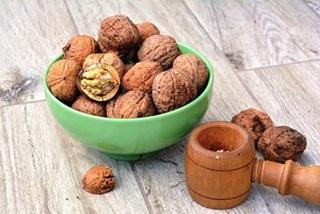 karidia-walnut
