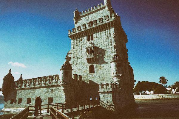歴史的世界遺産的建築:ベレンの塔