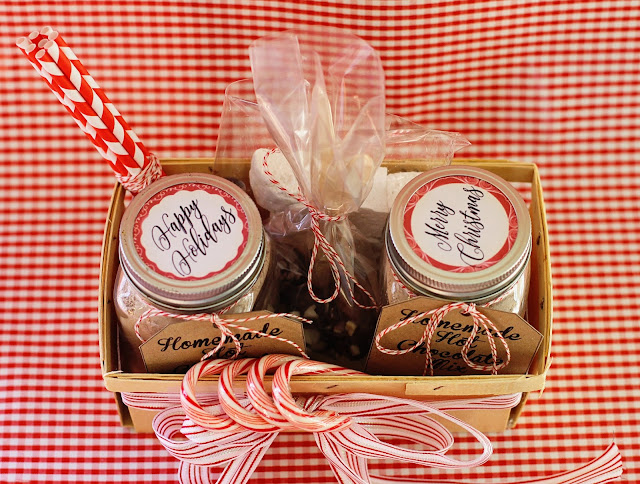 DIY Homemade Hot Chocolate Mix Gift Basket
