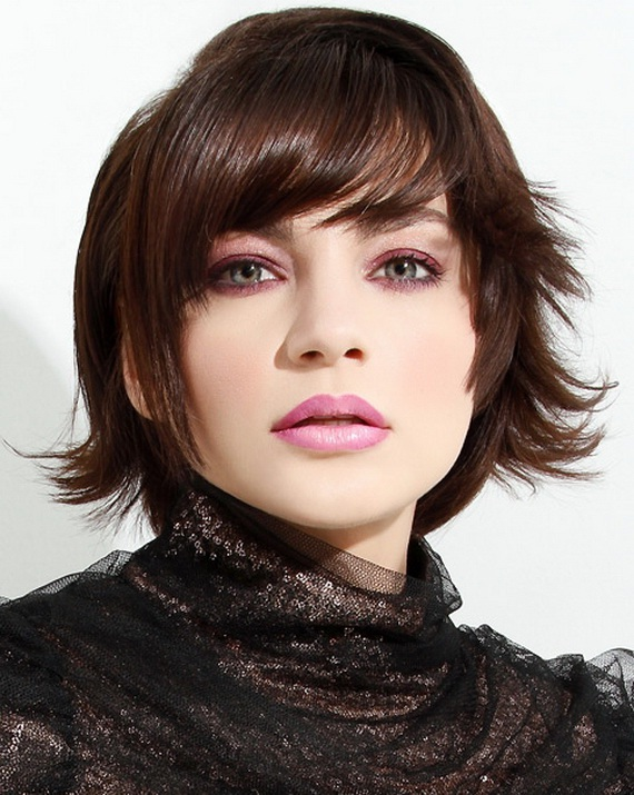 Medium Layered Haircuts 2012 | HairStyle for Womens