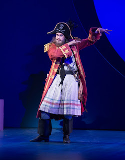 Ashley Riches - ENO - The Pirates of Penzance  - photo Tom Bowles