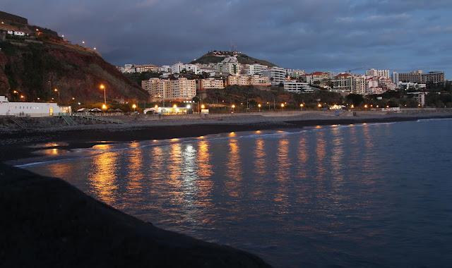 Praia Formosa at dusk