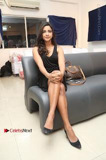Telugu Actress Kamna Singh Stills in Black Dress at Bharat Thakur Art Exhibition Launch  0180.jpg