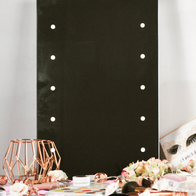 Lumino LED Light Up Lesto Mirror Dressing Table Beauty Goals