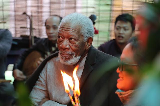 """Morgan Freeman volta com a 3ª temporada de """"A História de Deus"""""""
