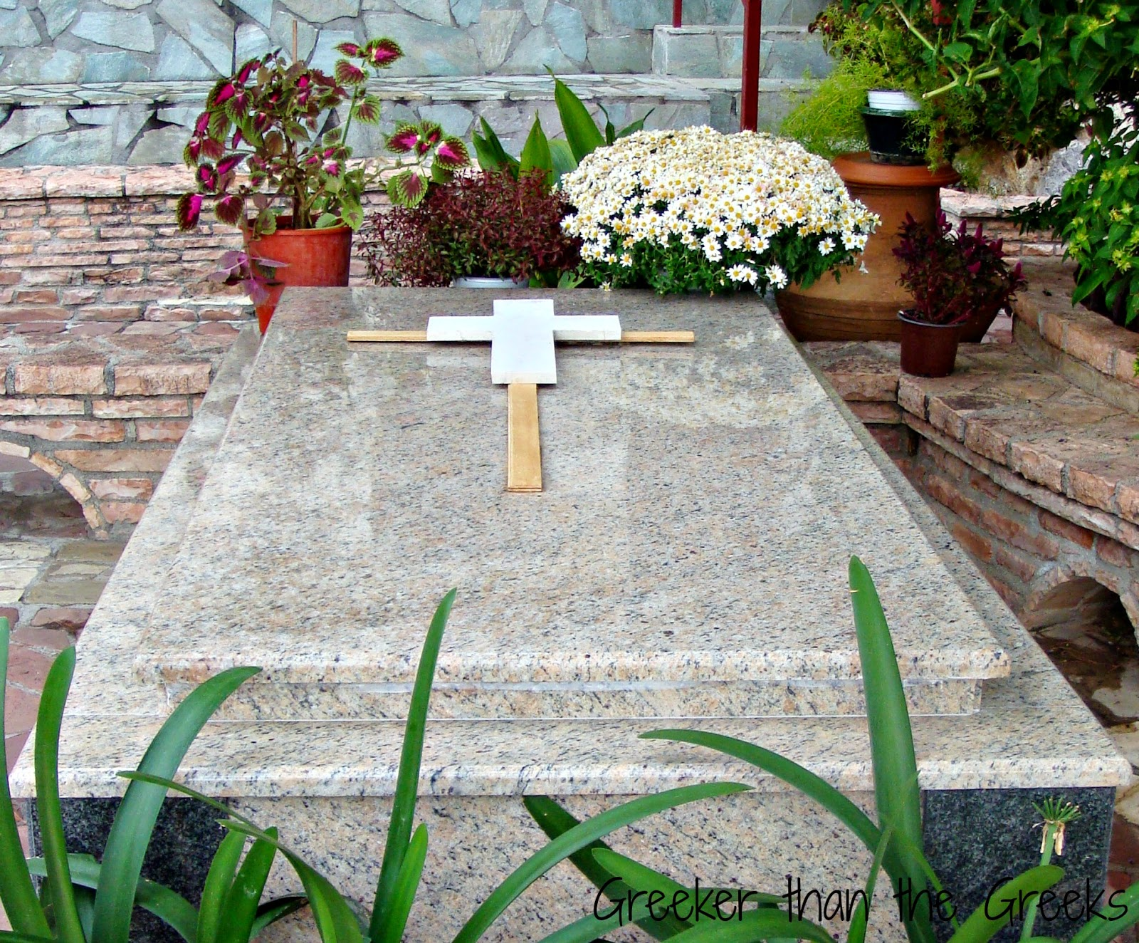 The grave of Mother Superior Isadora