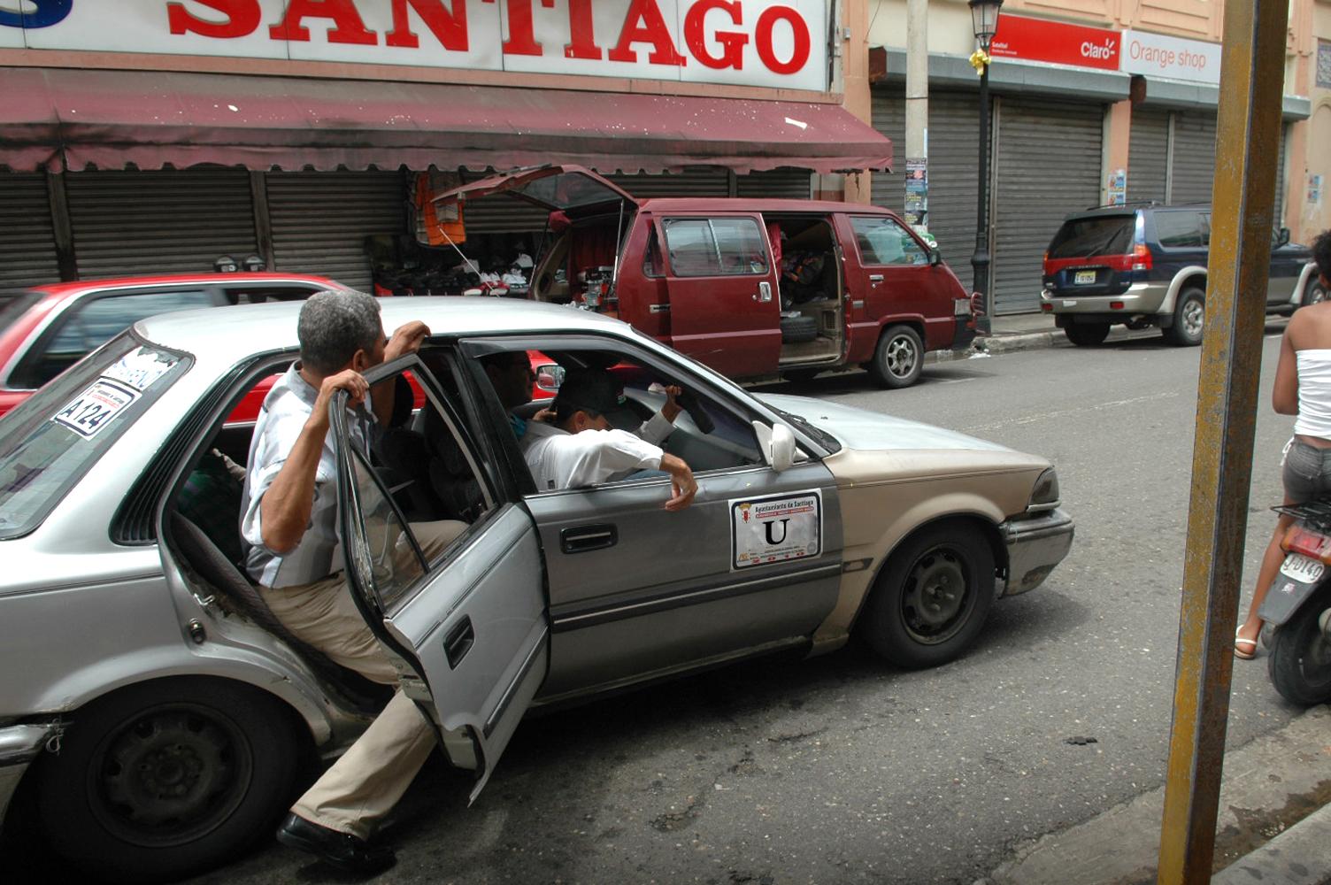 Lo que pasa un chófer de transporte público en Santiago – Imágenes ...