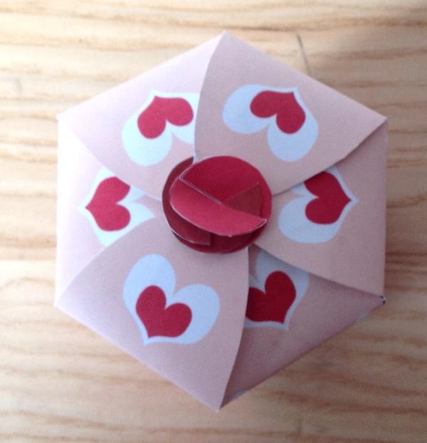 Ben noto Corte Gaia, il blog: S.Valentine paper box- una scatolina di carta  KY73