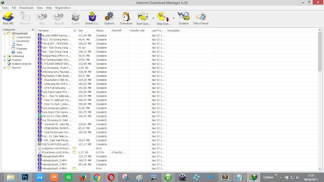 Software downloader (IDM) juga sangat sering di bajak!
