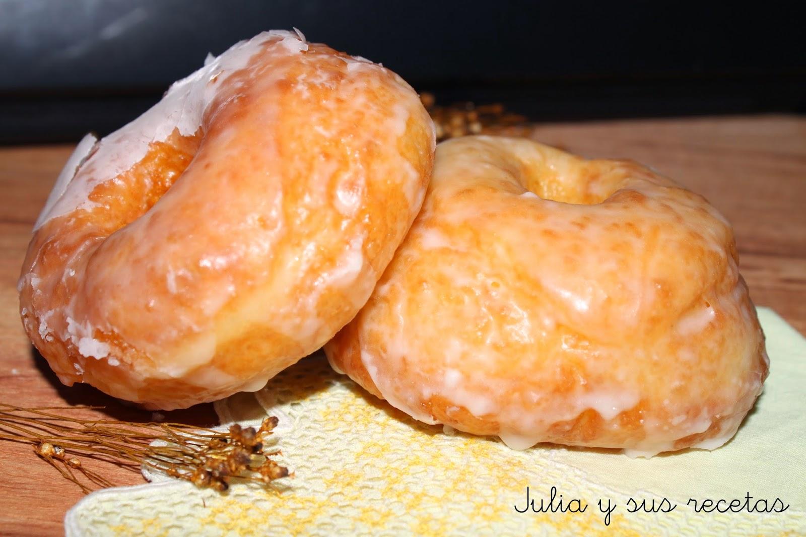 Donuts con glasa. Julia y sus recetas