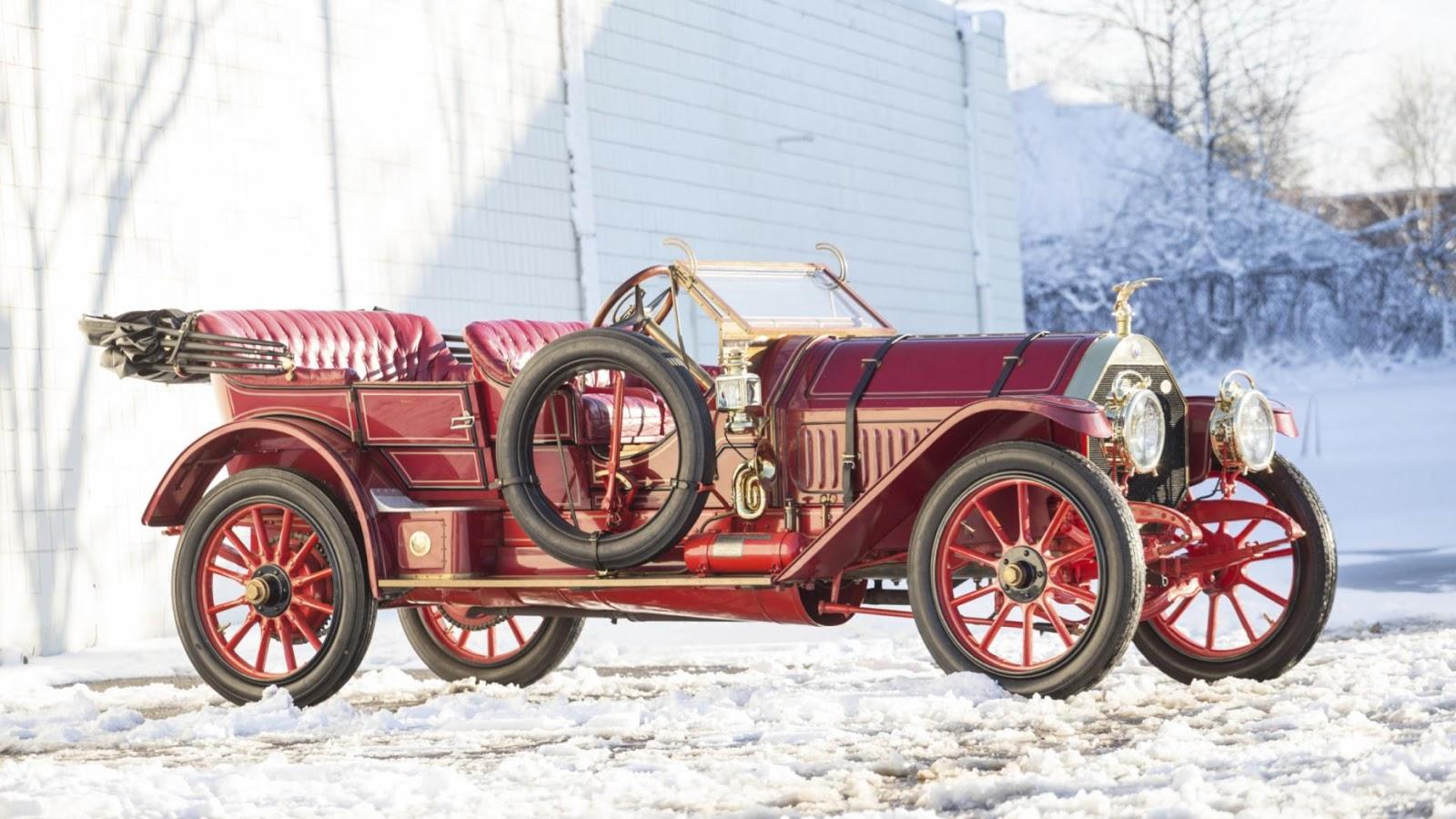 "1910 Thomas Flyer Model K 6-70 ""Flyabout"": $825,000"