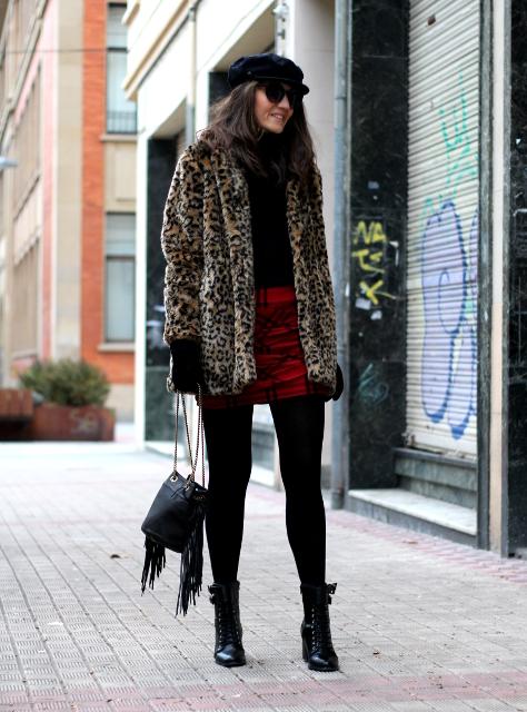 Leopardo, cuadros y flecos!