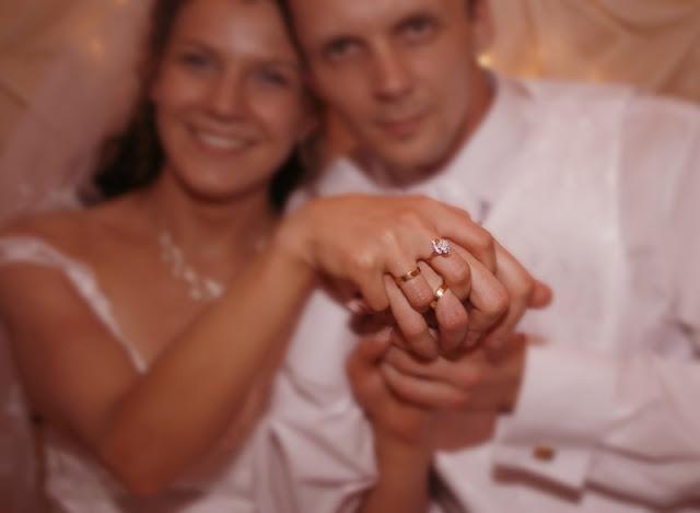 Kolejna rocznica ślubu potwierdza, że jestem szczęściarzem! Pan Bóg postawił przy mnie piękną kobietę. Więcej- kobietę bardzo mądrą!