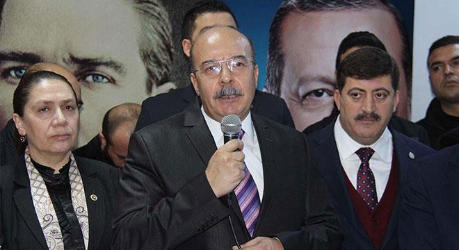 Diyarbakır AK Parti il başkanlığında devir teslim töreni yapıldı