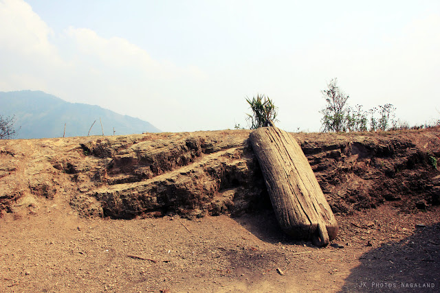 giant-wooden-plate-at-longwa-village-mon-nagaland-photo