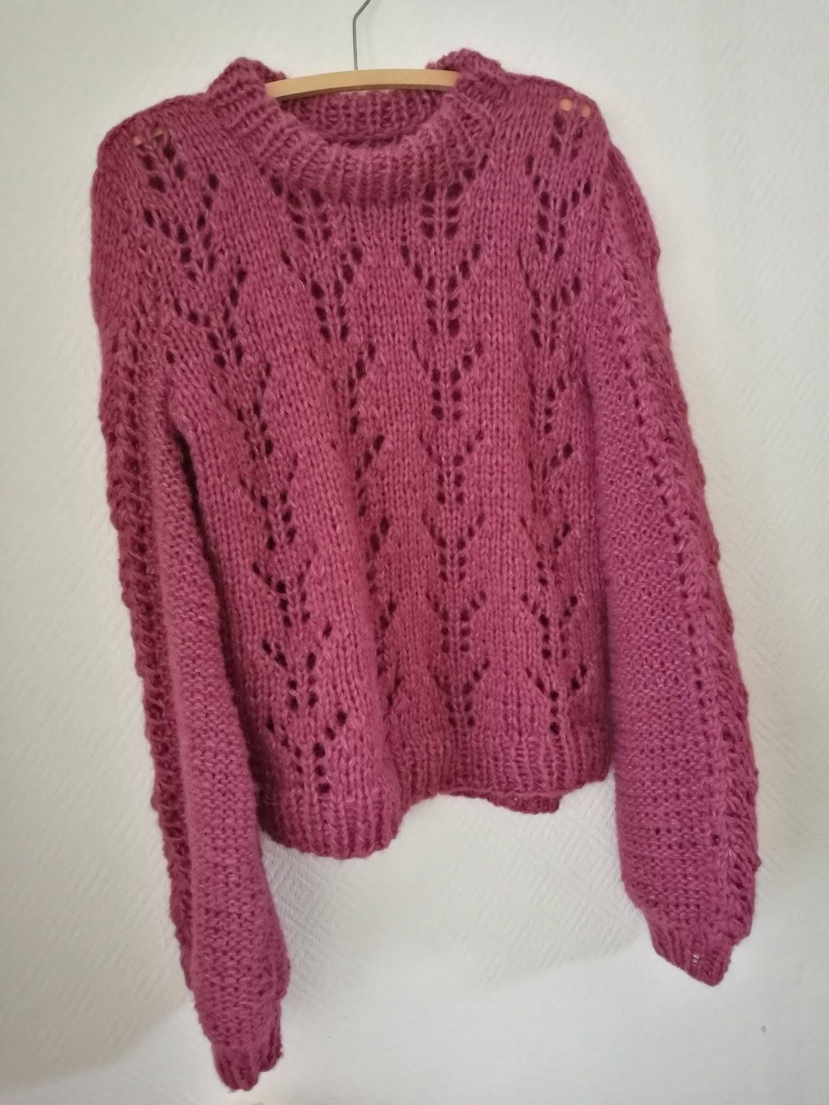 531b3993 I helga ble jeg ferdig med denne flotte genseren, som jeg har strikket på  bestilling! Mønster: Kristianes høstgenser