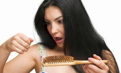10 Cara Ampuh Atasi Rambut Rontok